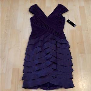 Adrianna Papell Dress 💜